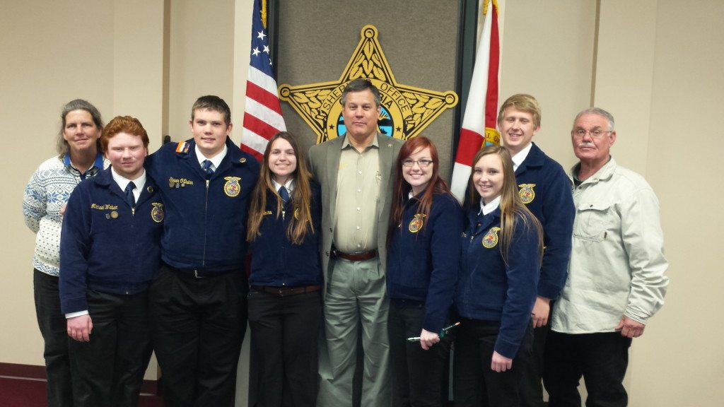 Sheriff Mark Hunter with FFA Leadership from Fort White High School
