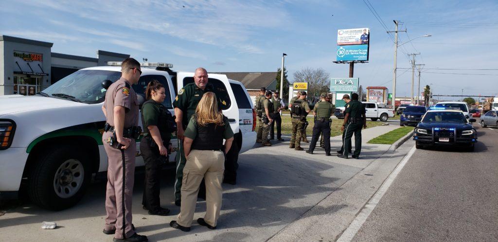 picture of deputies, troopers and DOC K9 teams